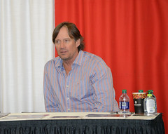 Kevin Sorbo (mouseart005) Tags: celebrity kevin sorbo autograph hercules gods dead comic con london ontario