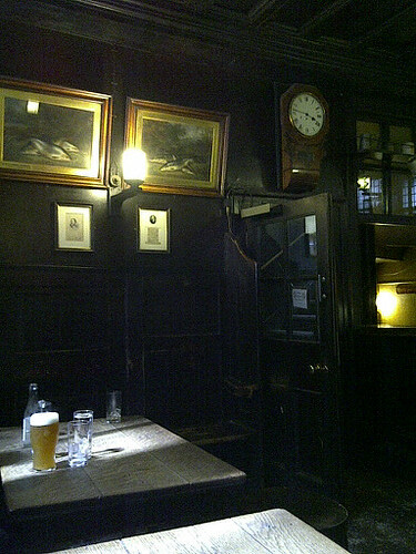 ye olde cheshire cheese.jpg by karlakp