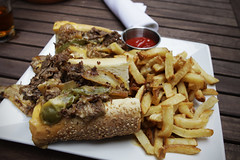 Philly cheesesteak (Markus Moning) Tags: street food usa green philadelphia st cheese america french restaurant ketchup bell pennsylvania marathon