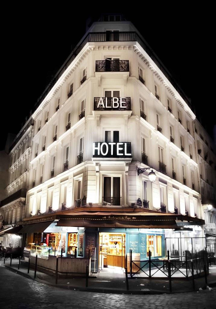 Paris at Night - Albe Hotel
