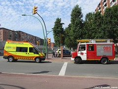 "SEM & Bombers de Barcelona (Xavier_15) Tags: barcelona españa de fire gg spain bcn medical sem vehicle service catalunya emergency 112 bomberos department firefighters cataluña dept bombers brigade vehiculos vehiculo ambulancia 080 061 barcelona"" speis ""bombers"