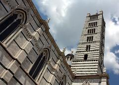il Duomo (YIP2) Tags: street city urban italy streets church cathedral tuscany siena toscana faade ilduomo southerntuscany santamariaassunta
