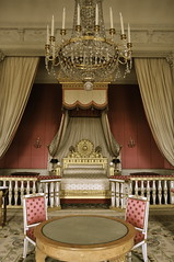 Paris, France - Palace of Versailles (Paloma Fuentes Cisneros) Tags: paris france bedroom versailles grandtrianon palaceofversailles marieantoniette louis14 royalbedroom