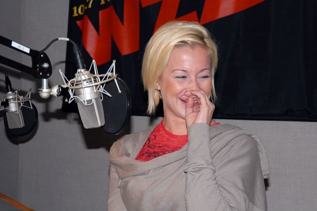 KELLIE PICKLER(null)