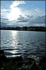 lac bis (Saint-Thol) Tags: sun lake france water sunshine soleil eau coucher lac centerparc aisne ailette lacdailette