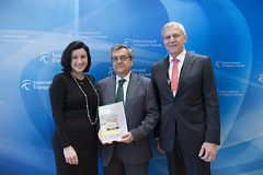 Dorothee Bär, José Viegas and Clemens Klinke present Dekra's latest Road Safety Report