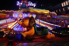 Dumbo Oktoberfest @night (Christoph_Hg) Tags: fair night long exposure led oktoberfest october fest beer elefant mnchen munich carousel karussell