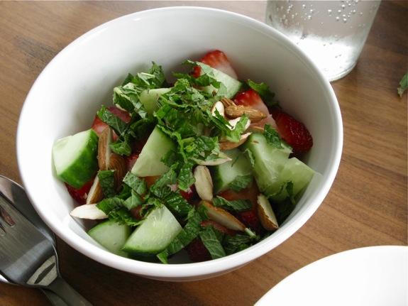 arugula soup spring salad 002