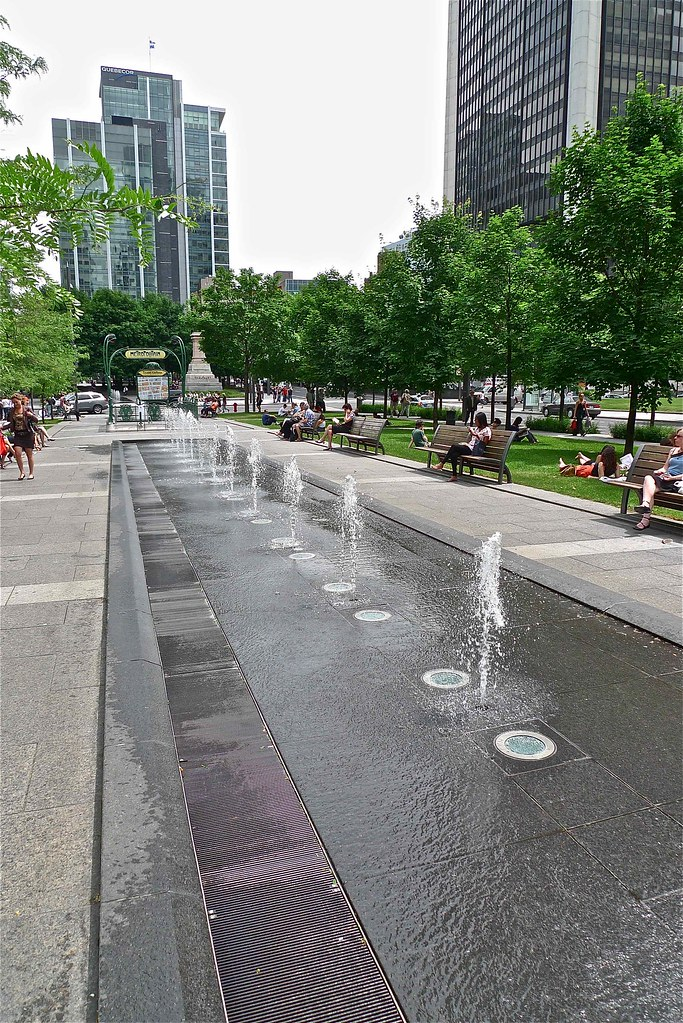 Copyright Photo: Square Victoria Agora Jets by Montreal Photo Daily, on Flickr