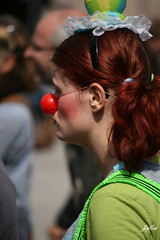 Remarkable red hair (paral_lax <)><) Tags: girl serious rednose meisje serieus supershot sooc