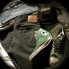 urban photographer's gear (Explore) (Tomitheos) Tags: portrait art flickr image avatar picture optical pic daily retro wear photograph editorial denim capture now today allstar levistrauss fridaythe13th chucktaylor apparel 2012 stockphotography undressed brandnames theurbanphotographer queenstreetwesttoronto raybansunglasses photographersgear bytomitheos vintagenikonbrownleathercameracase conversemidtopwhitecaptoekakicanvasshoes cityurbancamouflage wardrobewhat tiedyedfruitoftheloomtshirt classicredtablevis501jeans explore222onapril142012