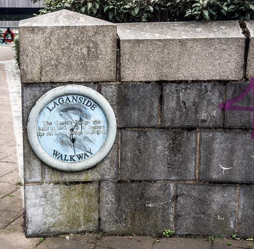 Belfast - Laganside Walkway (Queen's Bridge)