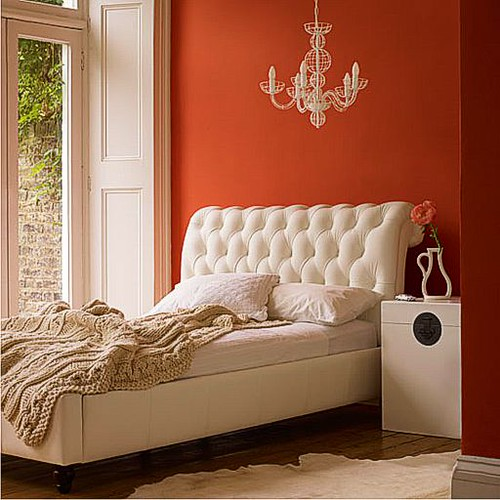 color-orange-bedroom