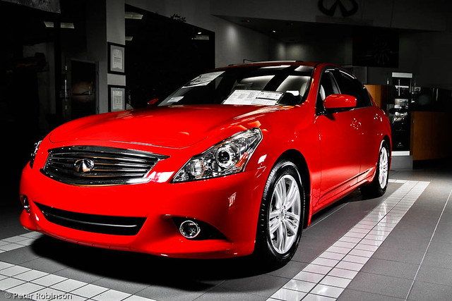 red cars canon silver showroom suv infiniti m56 qx56 g37 strobist canon60d jackiecooperimports