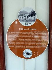 Photo of Orange plaque number 4882