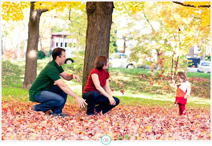 nadine-mark-isabelle-toronto-family-photographer-fall-01