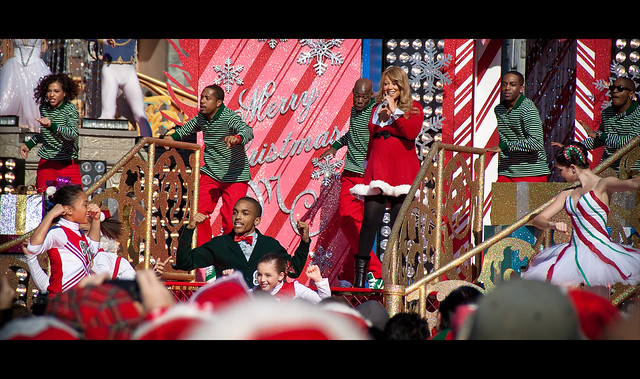 "Mariah Carey - ""Oh Santa!"" ..... Disney Christmas Parade Taping"