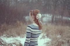Snow itself is lonely. (Allison Imagining) Tags: blue snow cold sweater pond bokeh lol flurries simple finally ohwell headband generallycliche forgottodeepenthedepthoffield ilovehavingredhair ivegotothersiwanttoandwillbepostingsometime ireallyhopeicandoashootwithsomeonethisweekend weresupposedtobegettingmoresnowonsaturday ilovewintersometimes ineedtogodohomeworknow andireallyneedtopickupthisproject imsobehindbutthatsalright itsalmostbreak