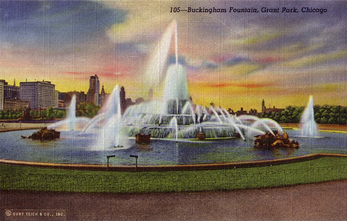 Buckingham Fountain, Grant Park, Chicago [105]