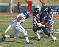 D_41380A (RobHelfman) Tags: sports carson losangeles football championship highschool coliseum crenshaw citysection qujuanfloyd shaquilleshelton