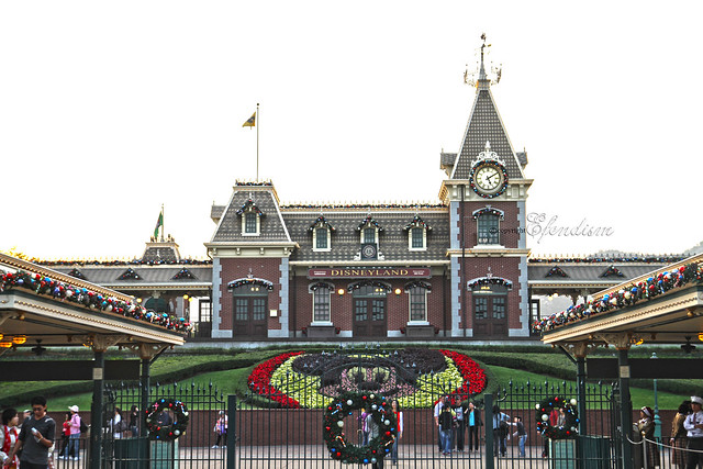 Hong Kong Disneyland - Main Entrance