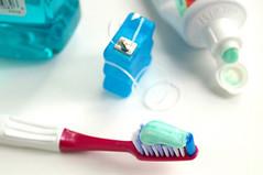 Dr. Mark Brannon (Dr. Mark Brannon) Tags: tooth mouth bathroom healthy teeth dental brush clean medical health doctor oral toothbrush dentist floss checkup hygeine drmarkbrannon drmarkbrannondds