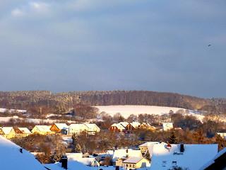 Dorf im Sonnenschein