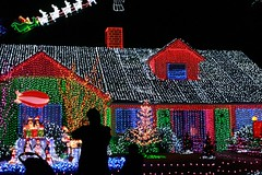 Christmas Vacation (The Dolly Mama) Tags: santa lighting christmas decorations house reindeer lights amazing texas extreme houston incredible christmasvacation christmaswiththekranks skippingchristmas assignmenthouston55 seeitfromspace extremeholidaylights