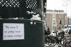 """""""Wij wensen U..."""" (Jesper2cv) Tags: winter netherlands amsterdam bike bicycle sneeuw nederland wishes paysbas velo fahrrad stad fiets niederlande kerst kerstfeest voeux feestdagen wunsch wens prettig ojp stadsarchief pozie intiem posie recessie crisisdagen"""