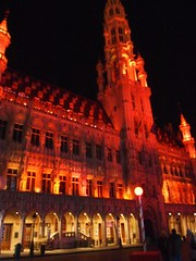 Square in Brussels (Jessica Knowlton Bell) Tags: christmas winter brussels man church statue europe little chocolate eu belgian peeing truffels