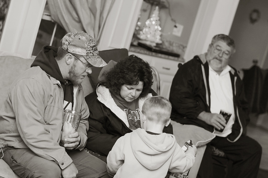 Tracy, Scott, Gpa Christmas 2010