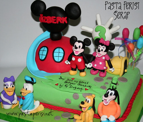 Mickey mouse house pastası- özberk