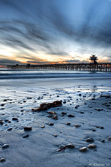 Fading Light (Didenze) Tags: longexposure blue sunset sky texture clouds pier rocks perspective explore lowtide fading sanclemente watchtower canon450d didenze