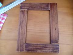 Moldura de madeira