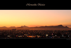 Hermosillo, Mxico. (Ana Encinas.) Tags: city travel viaje light sunset panorama sun luz sol sonora mxico night landscape mexico atardecer noche nikon metro ciudad panoramic mexique hermosillo citta viajar messico metropoli anaencinas