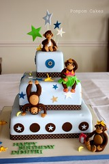 Monkey birthday cake (Pompom Cakes) Tags: cake stars birthdaycake monkeycake bluecake