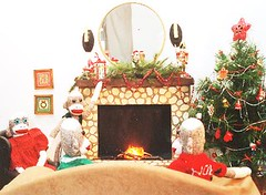 Sock Monkeys at Christmas (monkeymoments) Tags: christmas fireplace christmastree sockmonkeys monkeys sockmonkey familygathering holidayhumor sockmonkeyfun