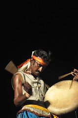 Global Beats (Kaipullai(கைப்புள்ள)) Tags: drum folk arts culture madurai tamil tamilnadu beats besantnagar parai spb elliotsbeach nikkor1870mm vairamuthu alanganallur nikond90 chennaisangamam2011 thenral