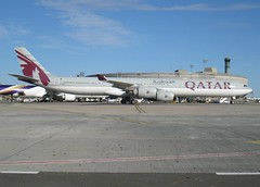 A7-AGB, A340-642, cn 715, Qatar Airways, CDG/LFPG, 10/2010