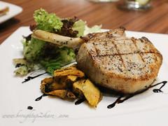 IMG_7868 (Chris & Christine (broughtup2share.com)) Tags: cerdito pork puchong desserts burger iberico ribs