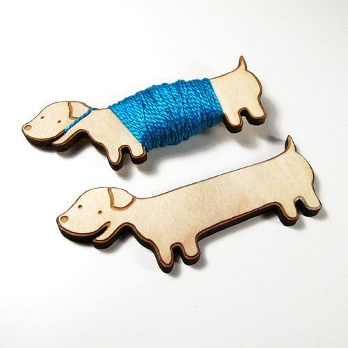 Flossy the Dachshund Embroidery Floss Bobbin 1