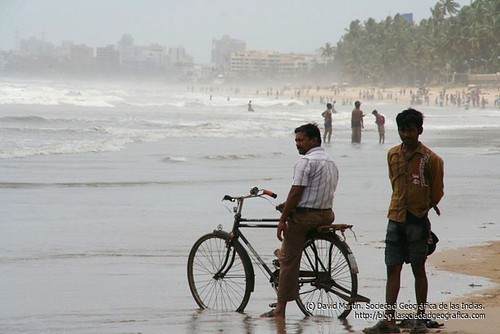 Bicycle in Juhu Beach