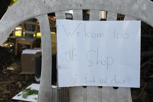 Welcom too are Shop of food and clour
