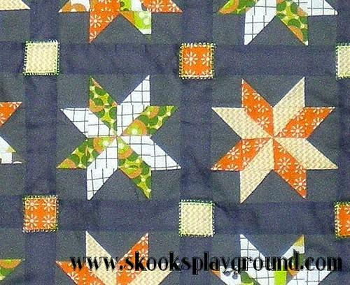 Sawtooth Pinwheel Baby Quilt - Detail