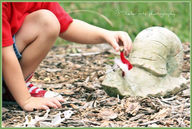 Santa Snail_Tagged