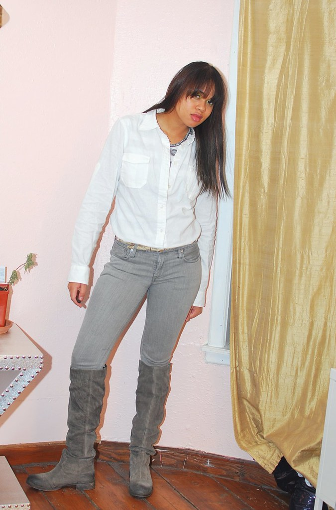 outfit white button down shirt grey jeans boots