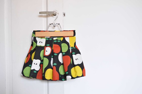 Fruit skirt 1