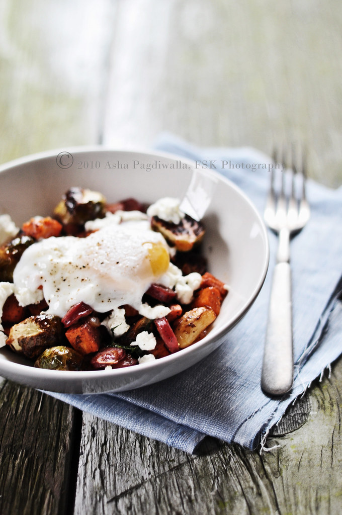 Roasted Veggies Hash with Poached Egg 1