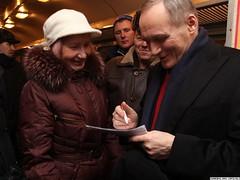 | Uladzimir Niakliayeu |   (Radio Svaboda (svaboda.org)) Tags: belarus elections minsk presidentialelection 2010 agitation   lukashenko   lukashenka     niakliayeu