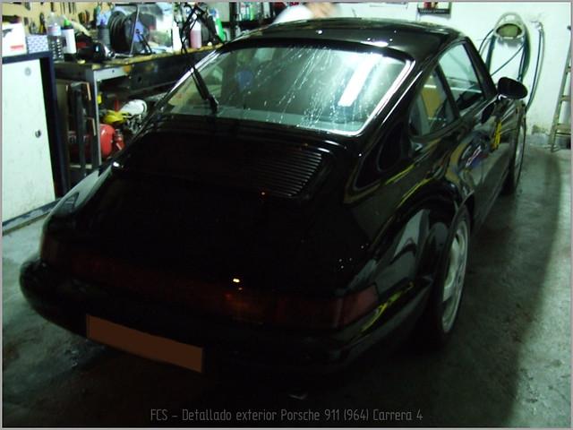 Porsche 911 Carrera 4-53